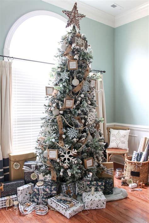 decorating christmas tree  beaded garland