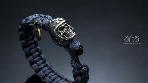 Kamera Paracord Skull Botton 2 abnormal sides