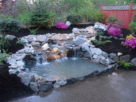 cascate per laghetti da giardino 40 foto di bellissimi laghetti da giardino mondodesign it