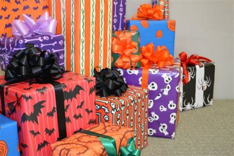 nightmare before christmas wrapping paper by wilicristudio