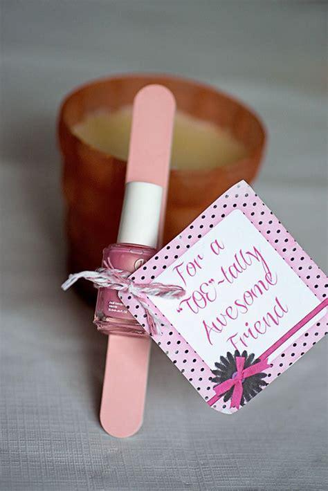 cute valentine gifts  girl homemydesign