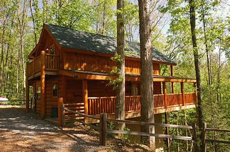 Cabins In Pigeon Forge Tn by Away At Last