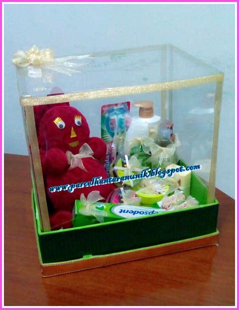 Handuk Seserahan 2 lissa rhi membuat parcel hantaran seserahan pernikahan dengan keranjang tutup