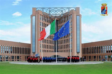 ministero della difesa sede il ministro pinotti visita la nuova sede di segredifesa