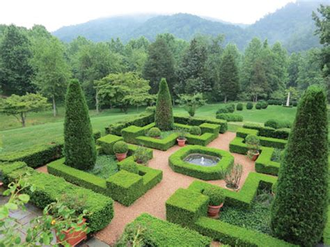 Historic Garden Week by Afton And Nellysford Featured In Historic Garden Week