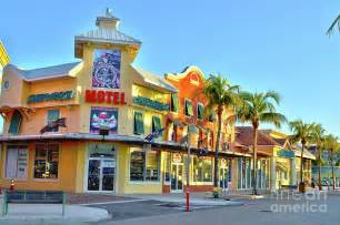 Fort Myers Flowers - motel on fort myers beach florida by timothy lowry