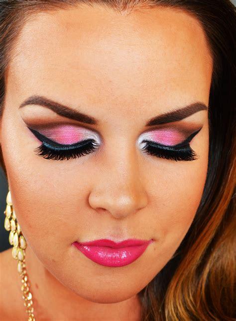 using makeup pink makeup