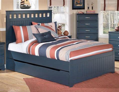 bedroom dark grey wooden queen size bed  trundle