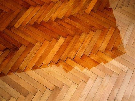 Hardwood Floor Varnish by How To Finish Plywood Theplywood