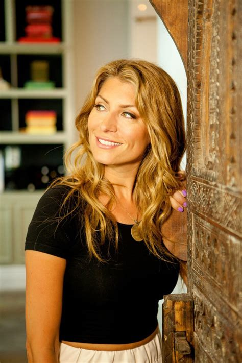 genevieve gorder picture of genevieve gorder