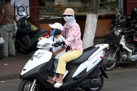 Motorrad Fahren Pässe by Fil Mother Child Motorbike Vietnam Jpg Wikipedia