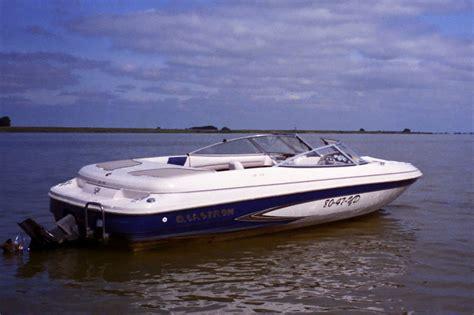 speedboot friesland glastron 195se speedboot rib offingawier botentehuur nl