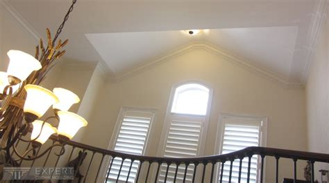 Vaulted Ceiling Crown Moulding by 6 1 2 Quot Tuscany Crown Moulding Installed On Cathedral