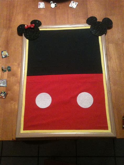 mickey mouse bulletin board   disney pins disney