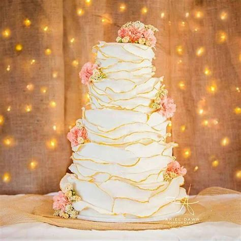 Wedding Cakes Billings Mt by Crooked Tree Coffee And Cakes Wedding Cake Montana