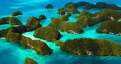 top   beautiful islands  asia amazing places