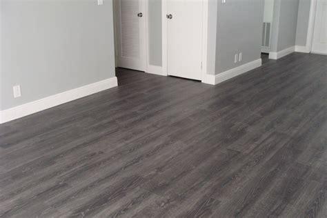 kronoswiss noblesse tokyo oak d8012nm laminate flooring grey laminate tokyo and gray