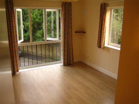 1 Bedroom Flat To Rent From Landlord by 1 Bed Flat To Rent Sunbury Court Mews Sunbury On Thames