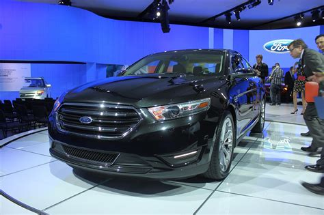 2013 Ford Taurus Hp by 2013 Ford Taurus Offers Two New Engine Choices Autogeeze