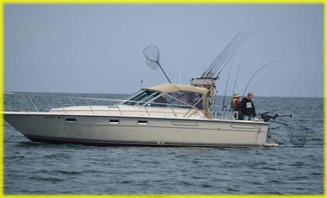 small boat on lake erie lake erie pa walleye fishing charters erie pa