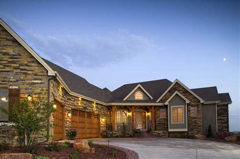large ranch style homes design guidelines for the garage in your next home