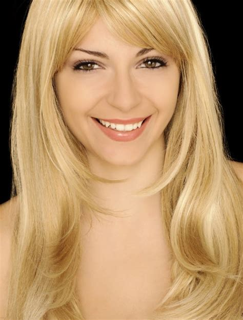 11 charming long blonde hairstyles for women 2014 pretty designs