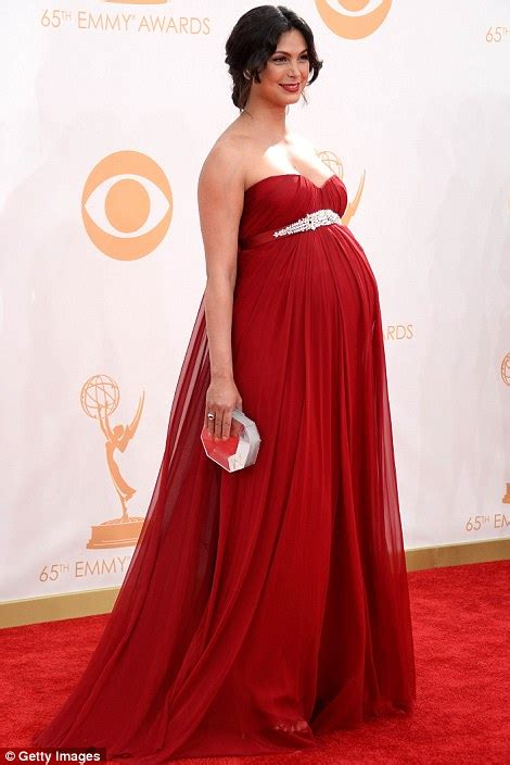 claire danes and zooey deschanel pregnant in red homeland s morena baccarin dressed her