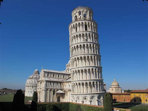 torre pisa italia por que a torre de pisa 233 inclinada mundo estranho