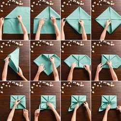 Supérieur Serviettes De Table Tissu #6: Pliages-serviettes-faciles-tissus-aqua-forme-fleur-lotus.jpg