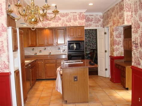 country style kitchen with wallpaper design ideas
