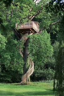 Pete Nelson Treehouses Of The World - baumhaus beispiele aus aller welt 1 tiny houses