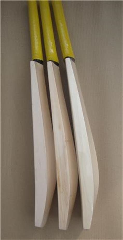 Handcrafted Cricket Bats - custom made crafted grade 3 willow cricket