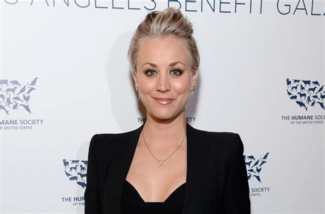 kelly cuoco sweeting new haircut kelly cuoco sweeting new haircut cuoco sweeting new