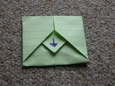 How To Fold A Paper Into A Envelope - folding a letter into an envelope i could make that