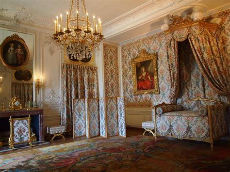 rococo bedroom in the bedroom of a princess versailles gossip