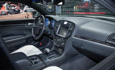 2014 chrysler 300 interior gallery