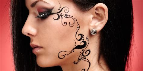 indian henna tattoos on face