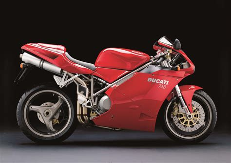 ducati motorcycle a quarter century of ducati superbikes in photos asphalt