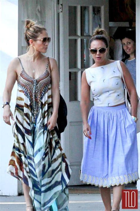 Jennifer Lopez and Leah Remini in The Hamptons   Tom   Lorenzo