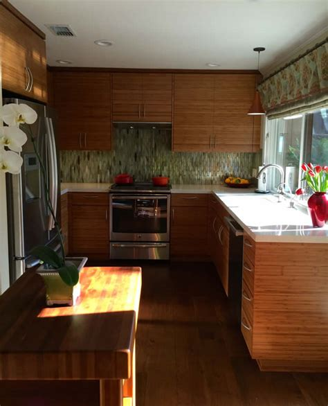 Horizontal Kitchen Cabinets by Kitchen Cabinets With Horizontal Bamboo Grain Feist