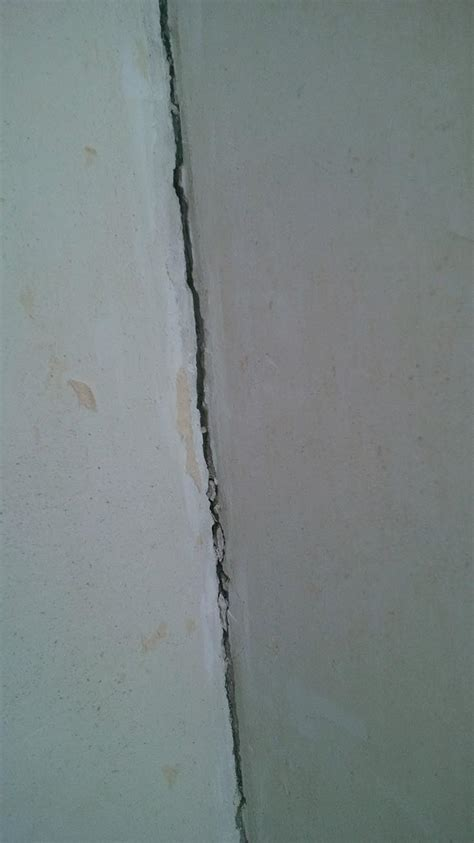 Reparer Fissure Mur Platre 3239 by Fissure Angle Murs