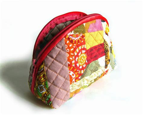 How To Make A Patchwork Quilt Bag - cosmetic bag patchwork diy tutorial ideas
