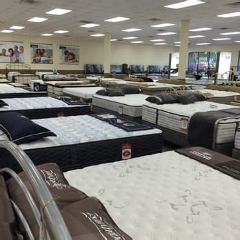 Mattress Store Raleigh by Mattress Warehouse 13 Photos Bed Shops 7201 Glenwood