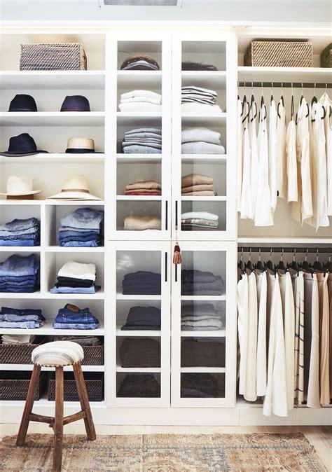 organizzare armadio organizzare armadio ecco come fare il cambio di stagione