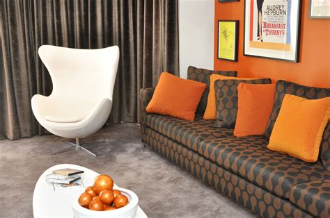 orange feature wall bedroom the wonderful world of windemere the feature wall comeback
