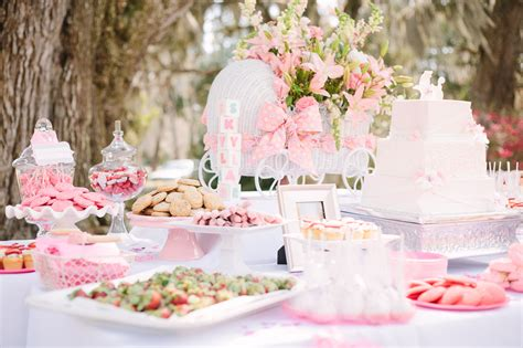 Pink And White Baby Shower Decorations by Pretty In Pink A Southern Baby Shower Gigi Noelle Events