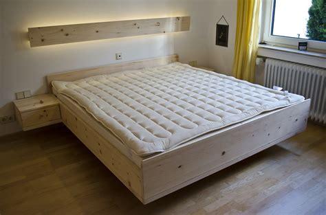 Schlaf Bett Kaufen by Gesunder Schlaf Durch Den Duft Echtem Zirbenholz