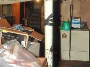 ariel castro house photos show inside of ariel castro s home business insider