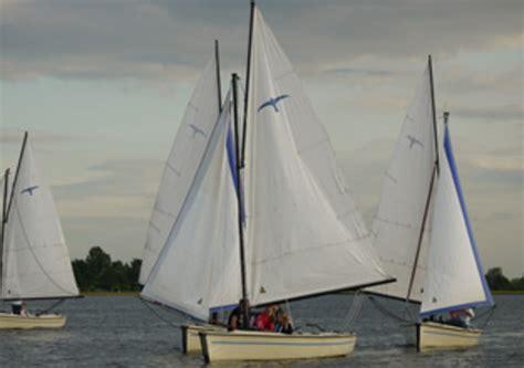 zeilboot uitgeestermeer botentehuur nl boek nu online uw boot