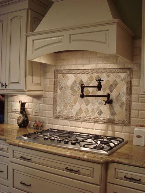 french country kitchen backsplash ideas pictures best 25 french country kitchens ideas on pinterest